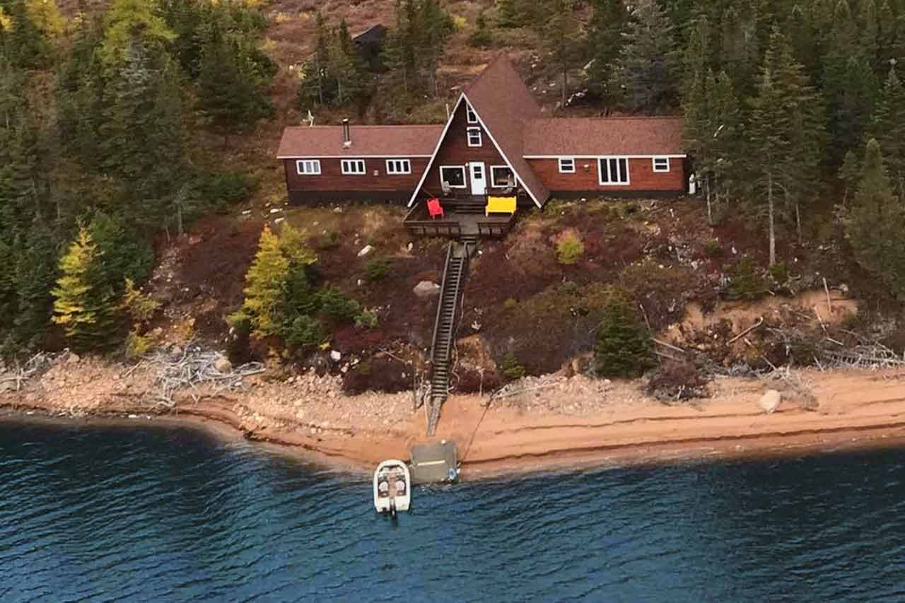 Hinds Lake Lodge